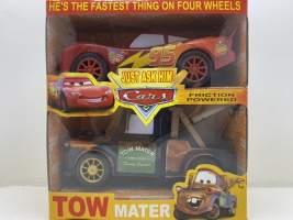 Set Cars Fulger McQueen si Bucsa mecanice
