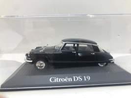 Macheta Citroen DS 19 1/43
